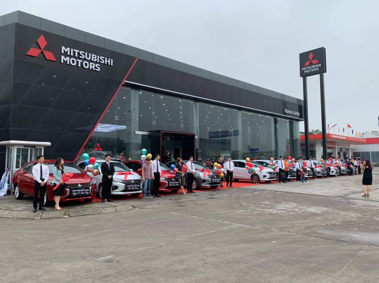 Mitsubishi ưu đãi giá kỷ lục cho 7 dòng xe, quyết bám đuổi Kia: Pajero Sport giảm nhiều nhất gần 70 triệu đồng